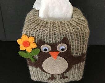 Tissue box cover, owl