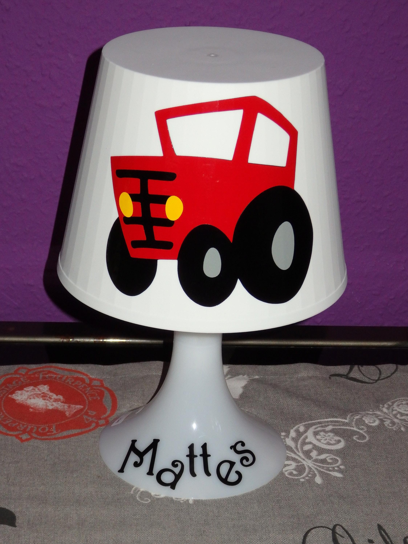 Wunderschöne Kinderzimmerlampe TRAKTOR rot Wunschname