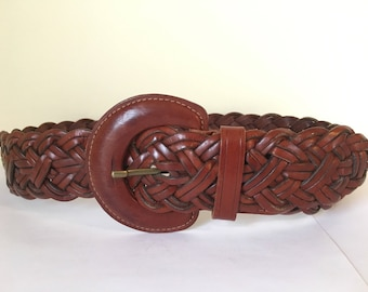 Quality women's/jrs artisan handmade western style wide braided leather belt, large fancy large leather covered buckle. sz sm