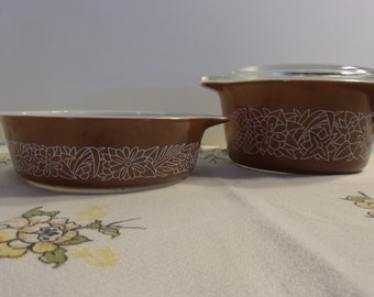 Pair of Woodland Brown Pyrex Casseroles and Cover Small Casseroles Oven Dishes Vintage Kitchen Wear