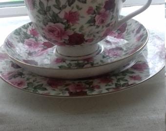 Porcelain tea cup and saucer, vintage
