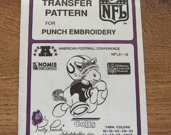 Vintage 80s pretty punch embroidery transfer pattern NFLH-13  Colts NFL  pkg sealed nip unused