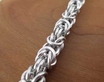 Large Aluminum Chainmaille Bracelet in Byzantine Chain, Chainmail Bracelet, Chainmail Jewelry