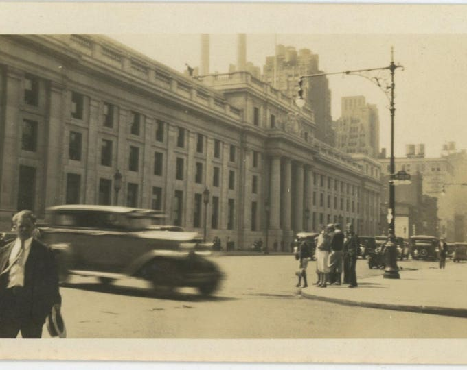 Vintage Snapshot Photo: W. 30th. St. New York City, c1920s [82651]