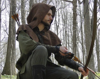 Medieval Hood Linen Capelet - Robin Hood Renaissance Archer Ranger - 4 Color Choices  sc 1 st  Etsy & Archer Costume Set 3 Piece Set Shirt Hood Leather Belt