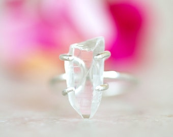 Crystal Quartz Ring, Quartz Point Ring, Crystal Clear Quartz Silver Ring