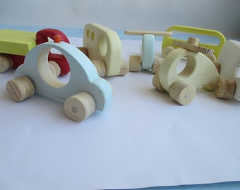 set of 7 pieces of wooden machines