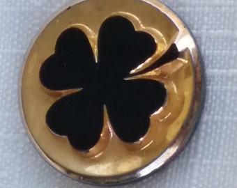 Vintage Glass cabochon.SHAMROCK clover German 20mm 14kt gold BLACK