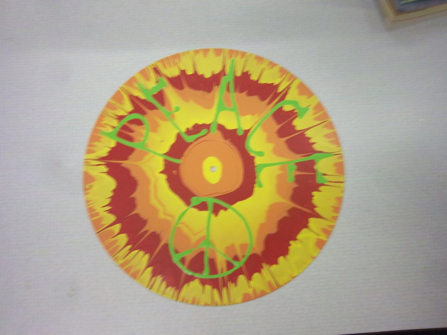 Free ship Spin painted PEACE SIGN vintage vinyl record Spin