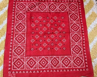 Red Fast Color 100% Cotton Bandana 17 x 16 Like New