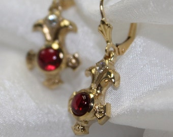 Spinel Cab Earrings in 18k gold
