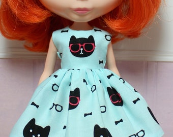 BLYTHE doll Its my party dress - cool cats