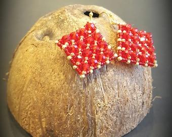 Handmade earrings, beaded earrings, Crystal earrings, red earrings, Gift for her, shiny earrings