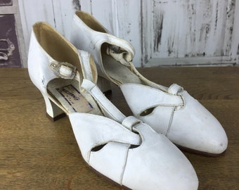 Original 1940s Vintage White Leather Mary Janes Dance Shoes