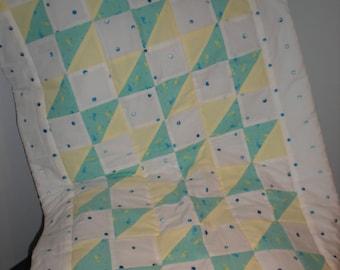 Bowtie baby quilt