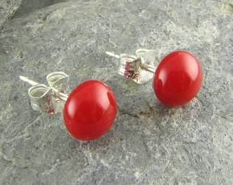 Red Stud Earrings. Fused Glass Jewelry. Glass Earrings. Red Studs. Glass Jewelry. Modern Earrings. Everyday Earrings. Accessories for Women.