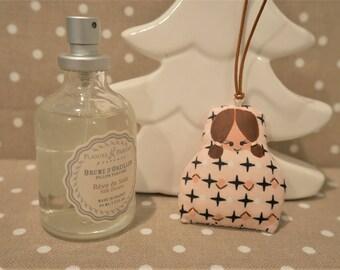 Poupette à parfumer rose - brume d'oreiller six parfum au choix