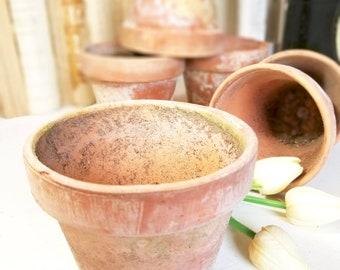 1 single Vintage Terracotta terra cotta Orange Clay Pot Naturally Weathered Farmhouse Boho Wedding Decor Spring