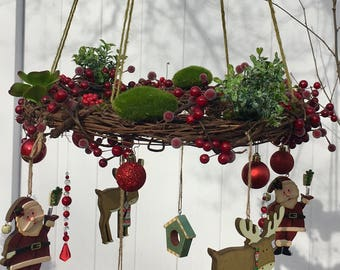 Red Christmas wreath - Holiday wreath - Christmas housewarming gift - Christmas decoration  - hanging wreath - chandelier wreath