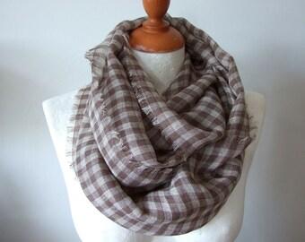 Leinen-Gaze unendlich Schal, Kaffee Beige & braun Leinen Sommer Schal, Cappuccino Kontrollkästchen Schal Geschenk unter 25 Dollar, leichte Schal