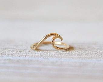 Solid 14kt Gold Wave Ring//Handcrafted//Made to Order//Yellow Gold//Nautical//Minimalist Jewelry