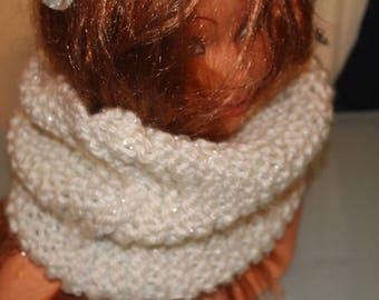 White neck scarf