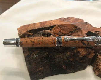 Stunning Majestic Rollerball Pen with Exotic Thuya Burl Wood    ( 1521 )