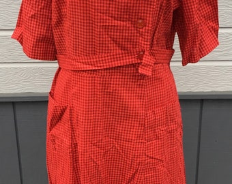 Vintage Dress, 1940's Cotton day dress, hand made , Gingham