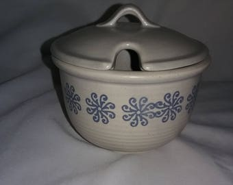 Vintage ceramic crock sugar bowl with lid, Pottery sugar bowl with lid, vintage Jelly/jam jar