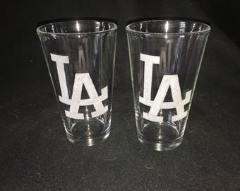 Los Angeles Dodgers Hand Etched Pint Glasses!