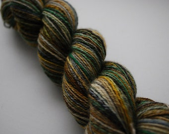 Superwash BFL Pseudo-Self-Striping Handspun Sock Yarn