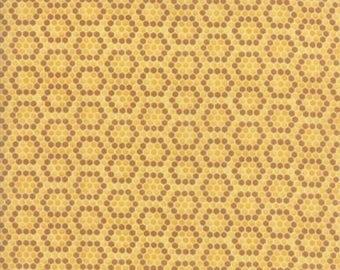Bee Inspired Honey Yellow Honeycomb 19798 11 Moda Fabrics By Deb Strain 100% Cotton Quilting Fabric