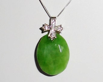 34ct Natural Columbia Oval Emerald gemstone, SOLID sterling silver bail Pendant, Silver Box Chain