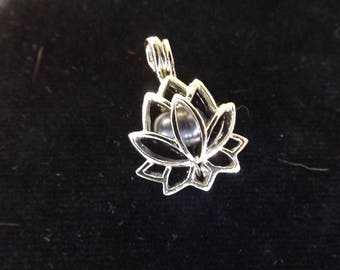 Silver plated lotus leaf cage with pearl