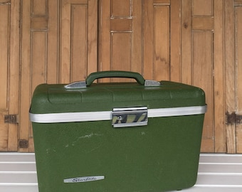 Vintage Green Suitcase, No Key, Makeup Case, Cosmetic Case, Luggage, Train Case, Storage