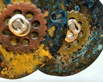 Funky craftsy round patina brass earrings