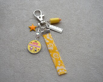 Wearing special master key, bias in fabric Liberty, pearls of Bohemia Crystal, glazed yellow star