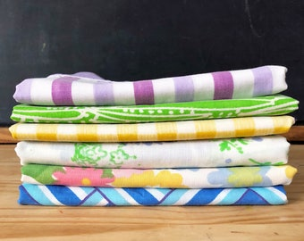 Vintage Pillowcases - Set of Six - Vintage Mix - Standard Pillowcases - Vintage Bedding - Vintage Bed Linens - Quilting Crafting Fabric