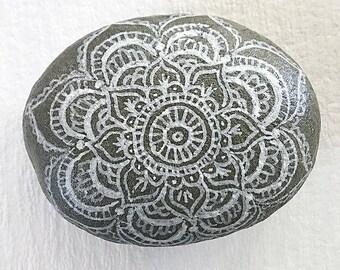 Painted River Rock, Bohemian Decor, Wedding Decor, Wedding Centerpiece, Mandala Rocks, Painted Rocks, Boho Wedding, Gifts for Home,