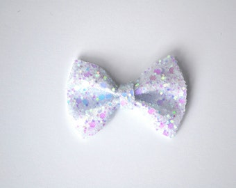 Pastel White Sparkly Glitter TINY Alligator Clip Little Bow for Newborn Baby Child Little Girl Adult Photo Prop Adorable Photo Summer Clip