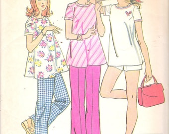 """Vintage 1974 Simplicity 6361 Maternity Pants or Shorts & Top Sewing Pattern Size 14 Bust 36"""" UNCUT"""