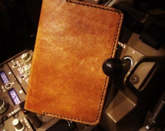 Leather passoprt holder, passport cover, holder, personalized gift ideas, travel gifts, adventure, perfect gift for explorer, groomsmen gift