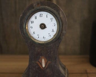 old small clock