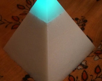 Glowing blue capstone, Metallic White Glitter Pyramid
