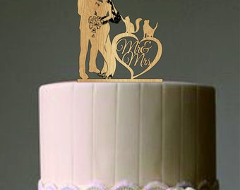 Bride and Groom Wedding Cake Topper  with two cats - Mr and Mrs Wedding Cake Topper - Rustic Wedding Cake Topper - Silhouette Wedding Topper
