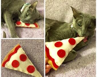 Cat Pepperoni Pizza Catnip Toy, Christmas Felt Pizza Catnip Toy, Pizza Cat Toys, Catnip Toys, cat gifts, Pepperoni Pizza Cat Toy handmade