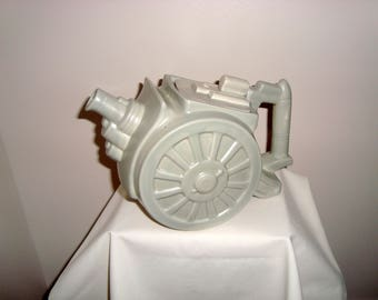 Rare! 1939 George Clews Belisha Grey WW1 Howitzer Field Cannon Teapot. Militaria Novelty Teapot.