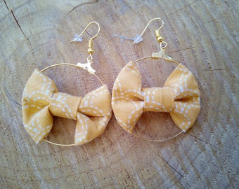 """""""Bow suspended"""" fabric """"Yellow wave"""" earrings"""