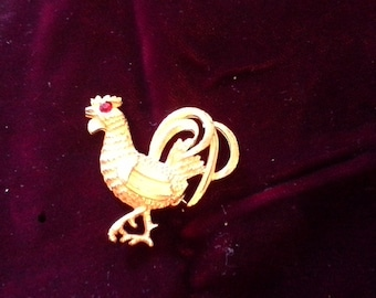 Vintage Gold Tone Rooster Pin Brooch