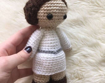 Star Wars Inspired Crochet Princess Leia Doll!